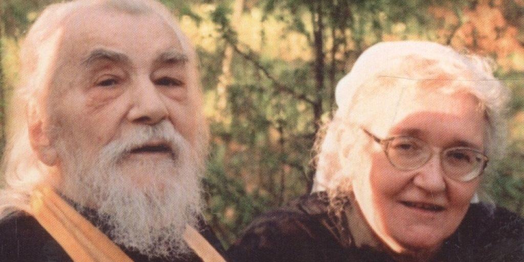 Справа - Татьяна Смирнова