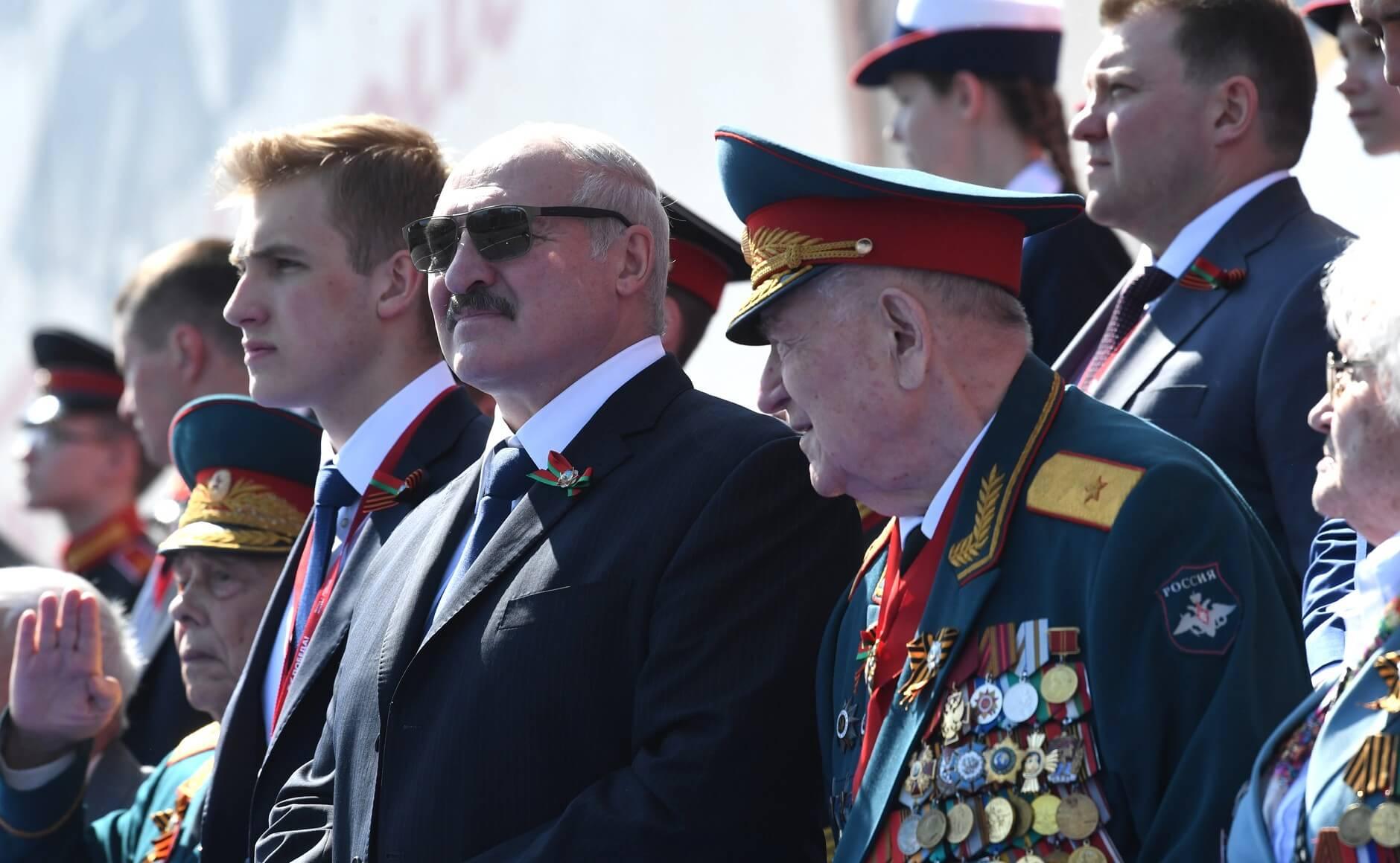 Александр Лукашенко на Параде Победы