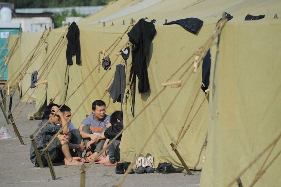 Палаточный лагерь мигрантов