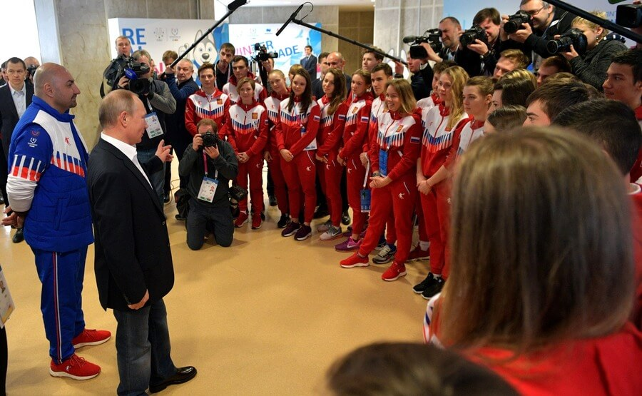 Владимир Путин со спортсменами
