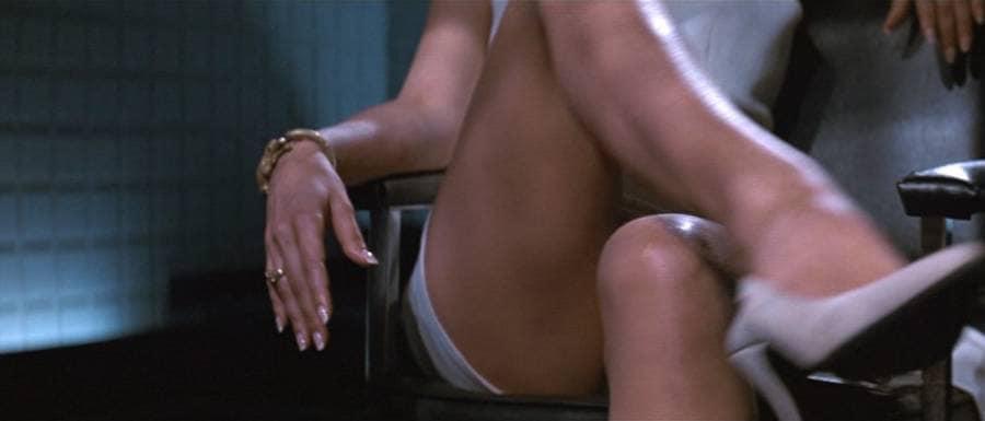 Кадры из фильма «Основной инстинкт»