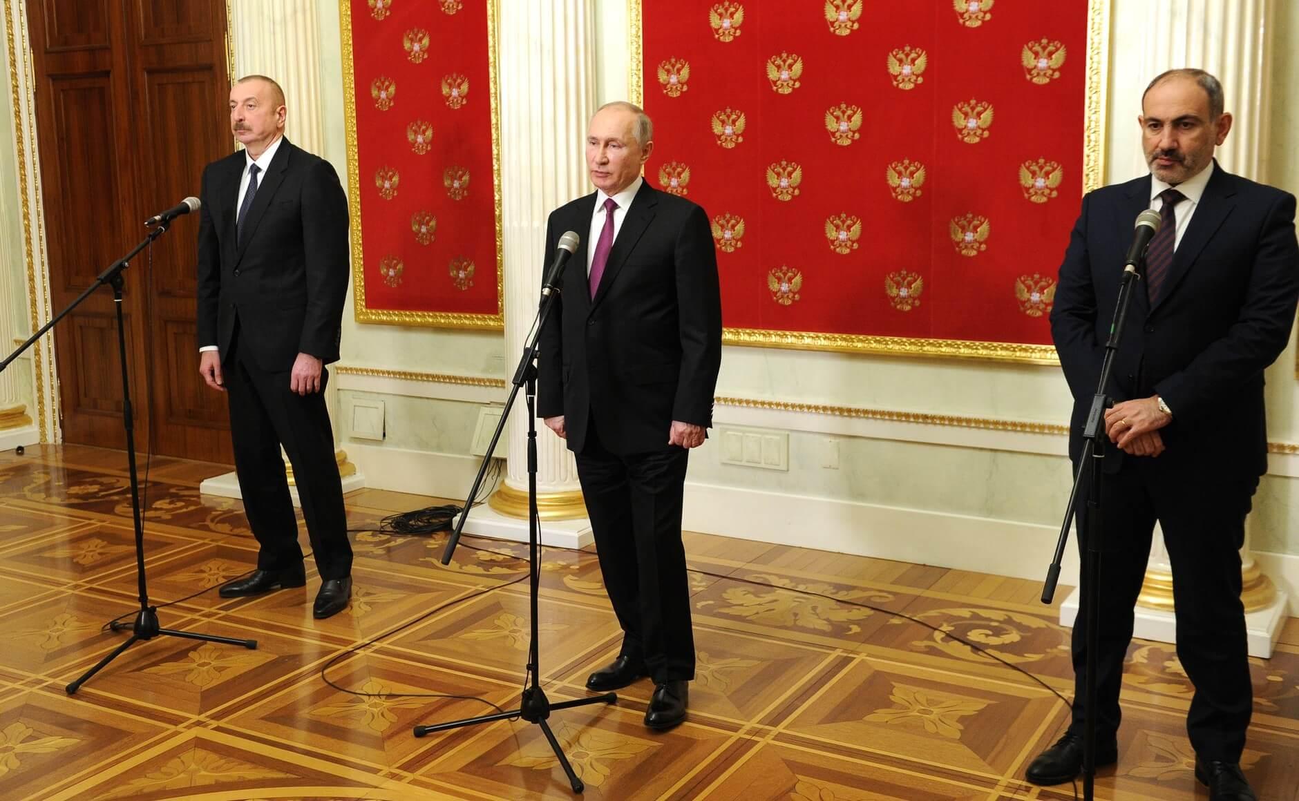Владимир Путин с Ильхамом Алиевым и Николой Пашиняном