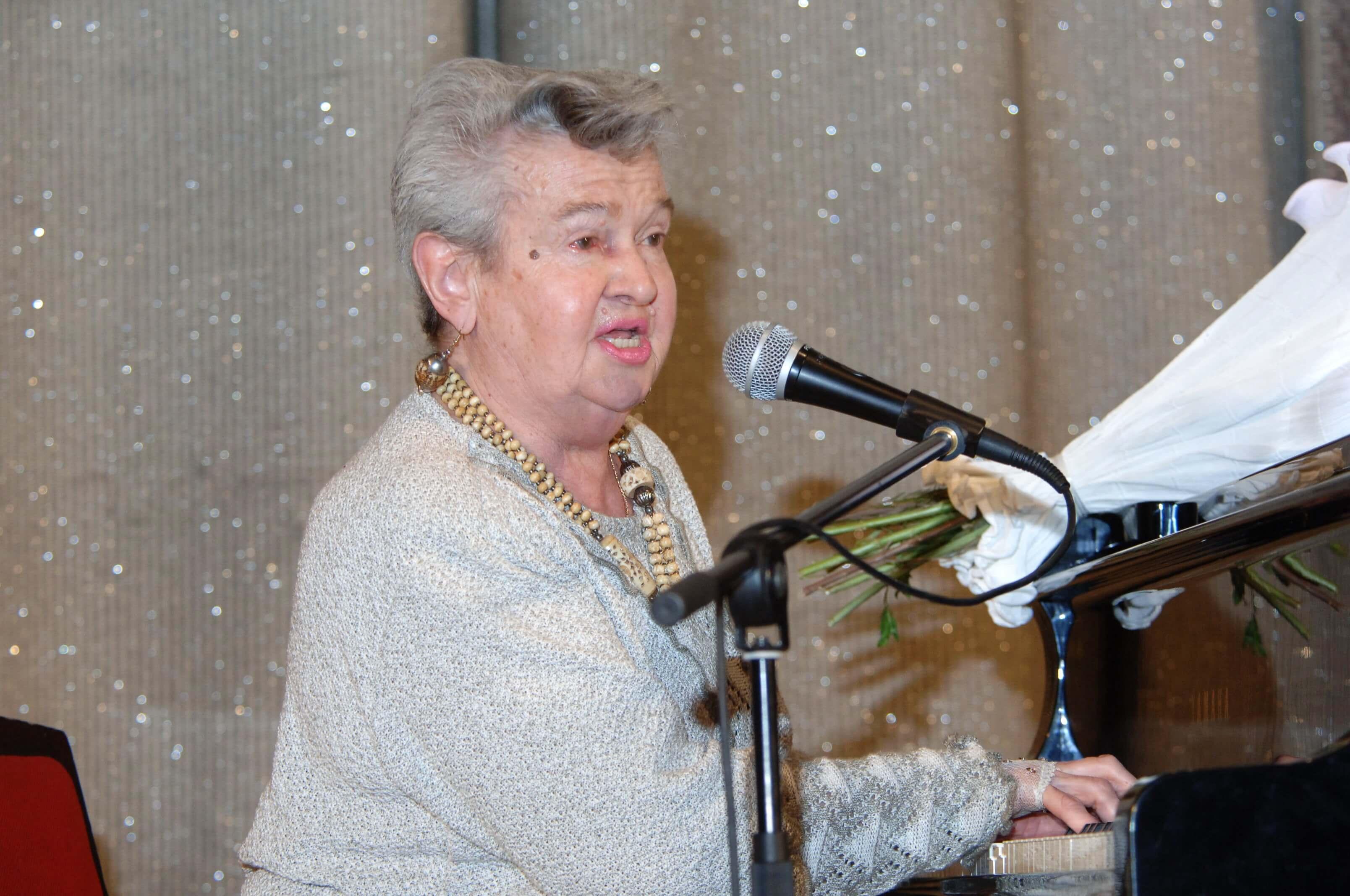 В столице проходит прощание с композитором Людмилой Лядовой. Её песни исполняли Хиль и Кобзон
