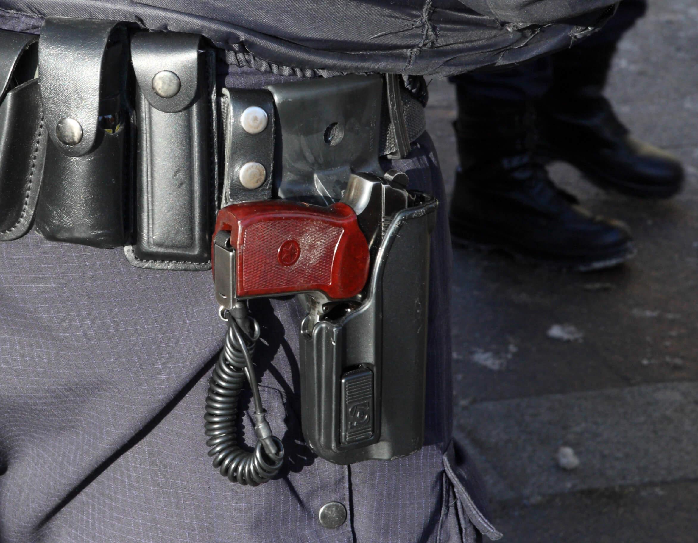 Столичная полиция задержала 200 человек на «незаконном» форуме мундепов
