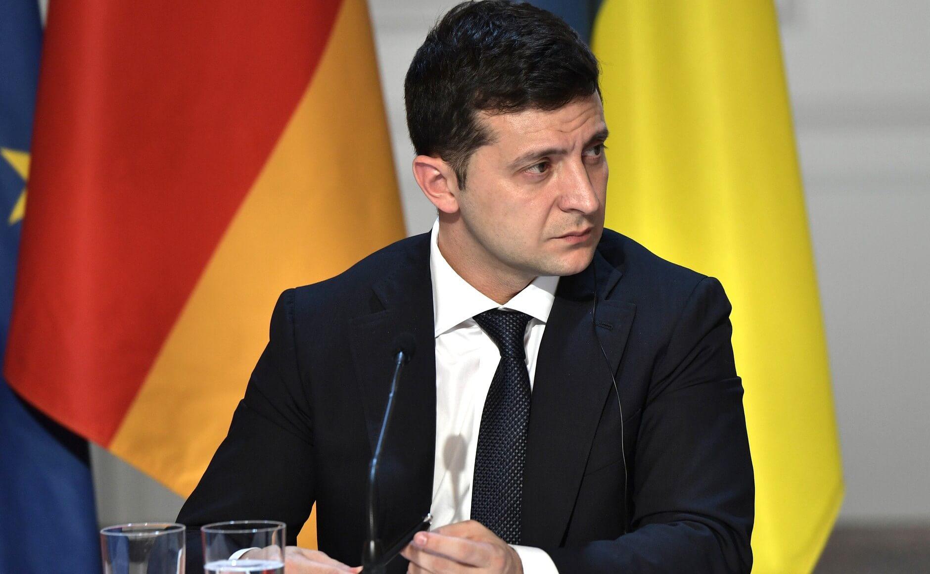 Украинская партия «Слуга народа» просит Зеленского идти на второй срок