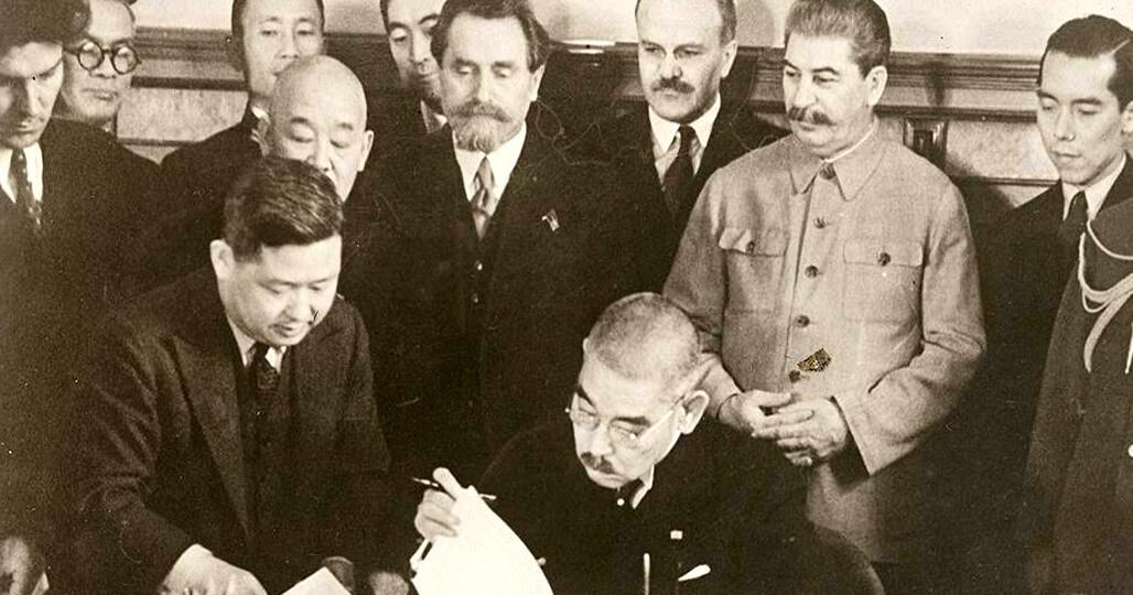 Иосиф Сталин и