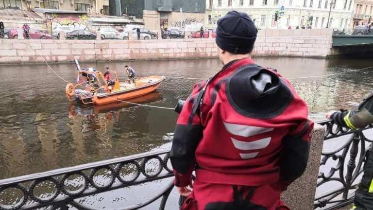 Река в Санкт-Петербурге