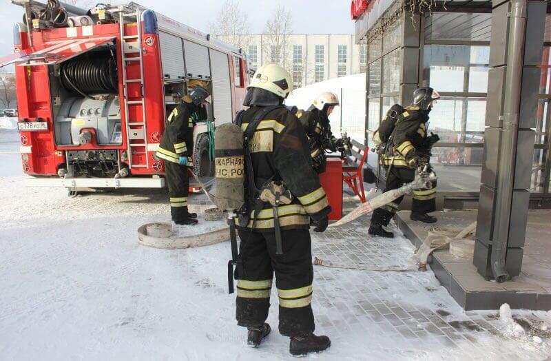 Семь человек пострадали при пожаре в доме в подмосковном Видном