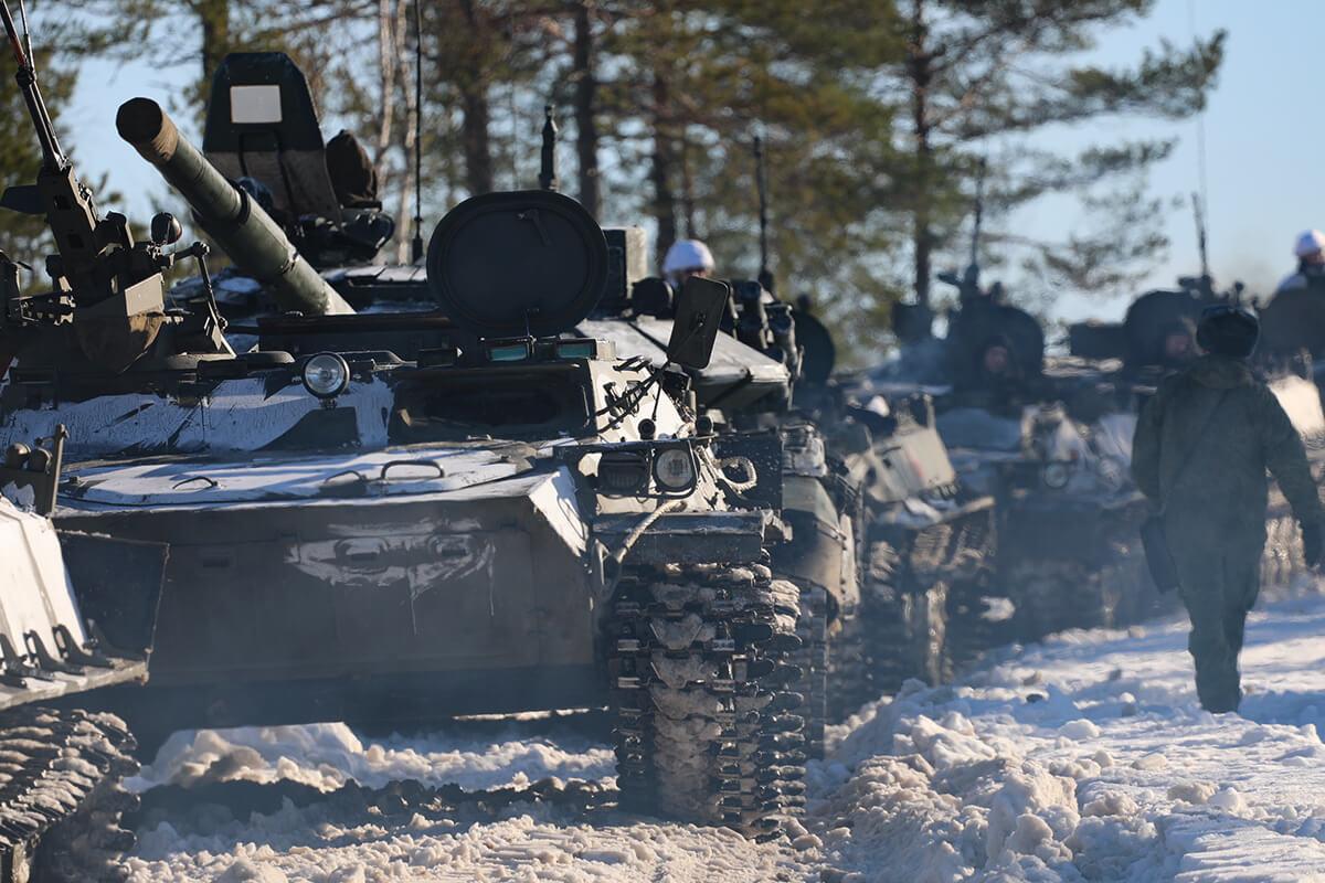 Наши танки крепки: в Великобритании описали сценарий возможной войны с Россией