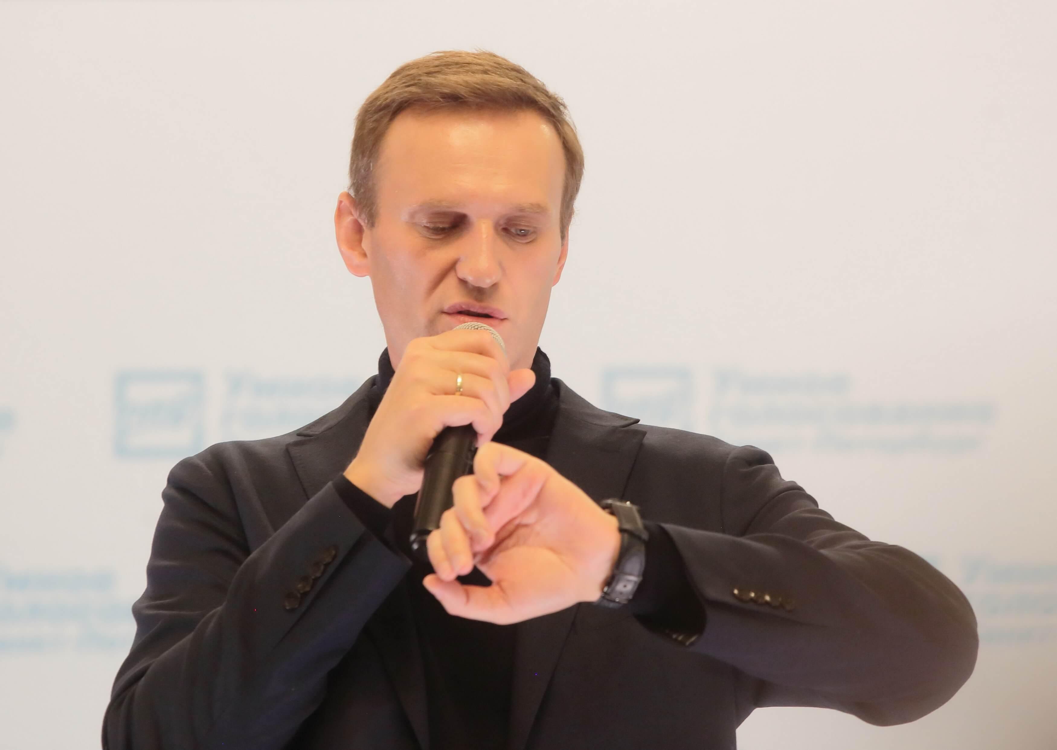 Адвокат Навального требует освободить политика на основании решения ЕСПЧ