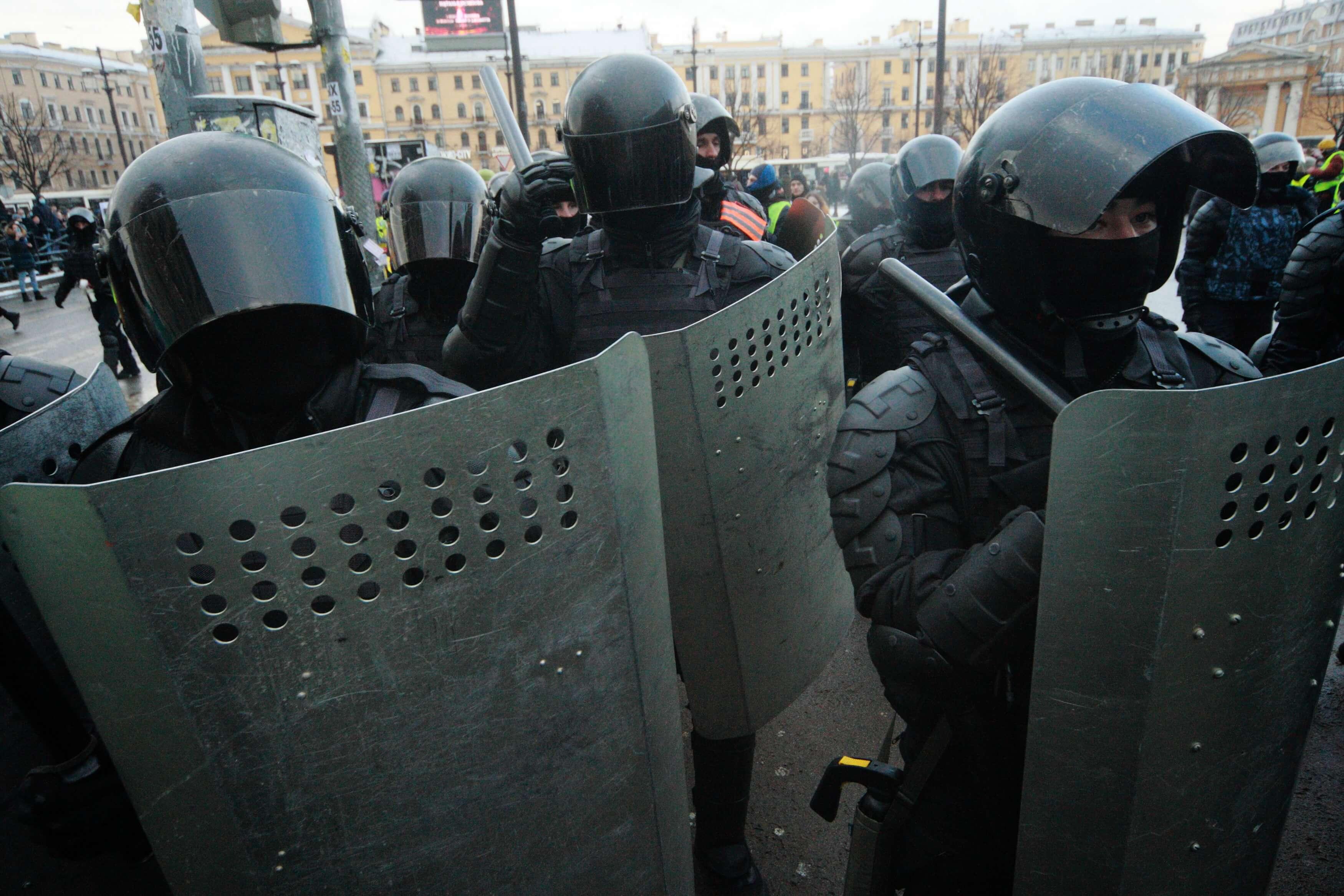 Суд Петербурга прекратил дело инвалида о помехах транспорту на акции 31 января