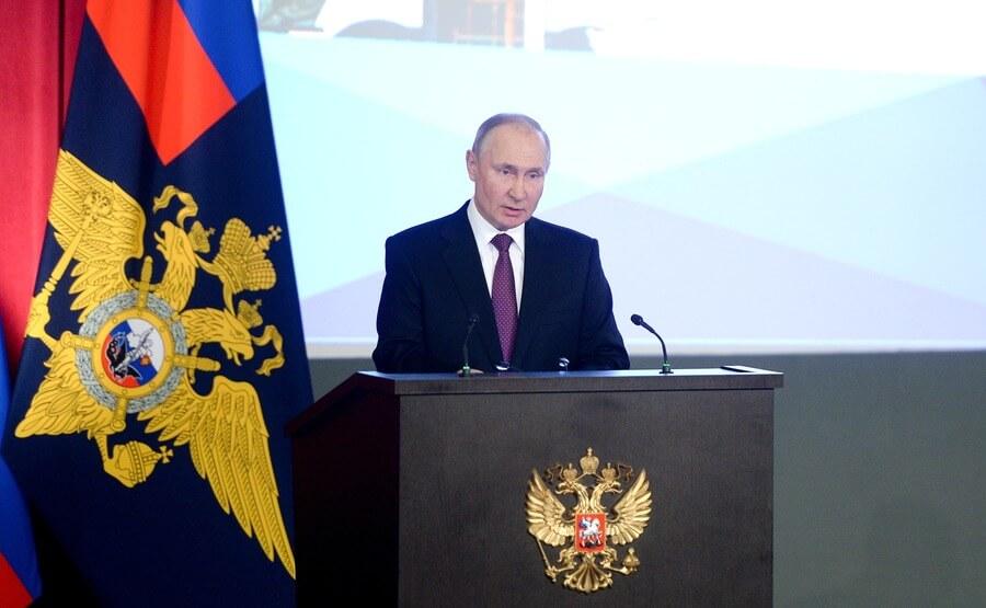Владимир Путин на расширенном заседании коллегии МВД