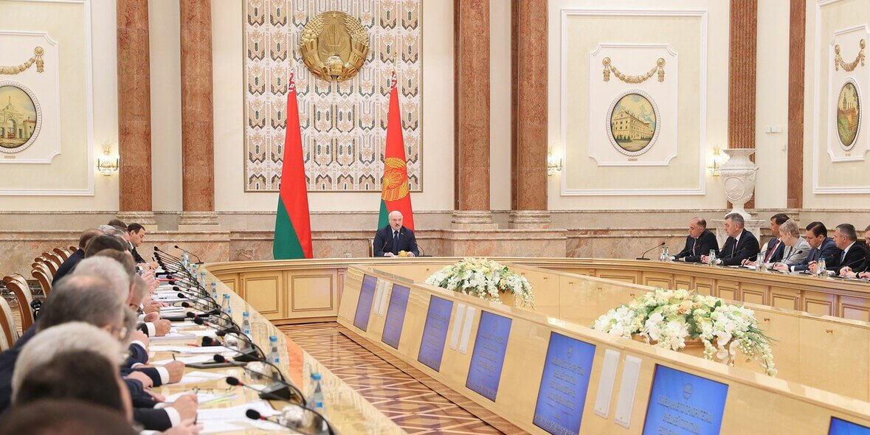 Совещание с Александром Лукашенко