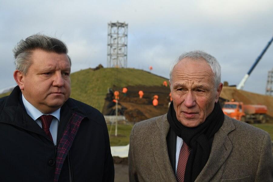 Григорий Рапота (справа)