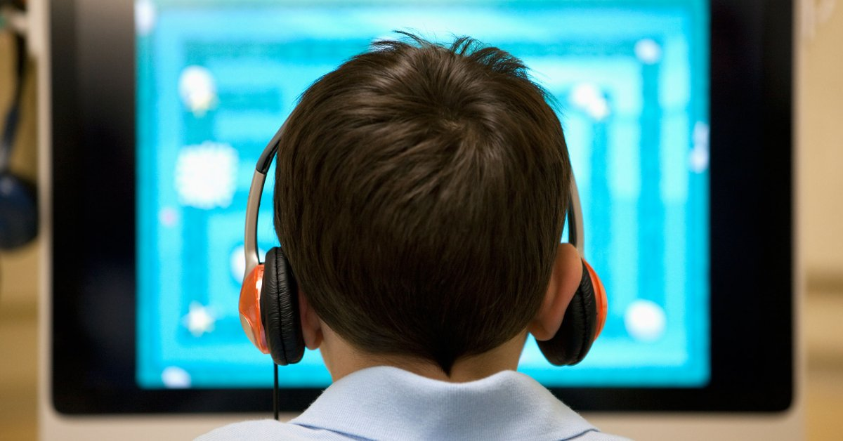 Онлайн-обучение пришло в жизнь каждого маленького россиянина thumbnail