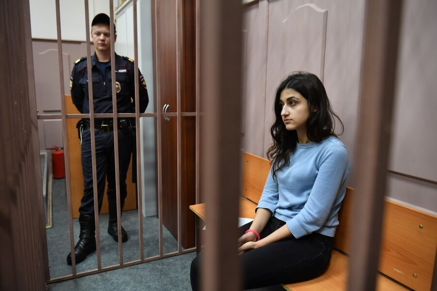 Сестры Хачатурян в суде