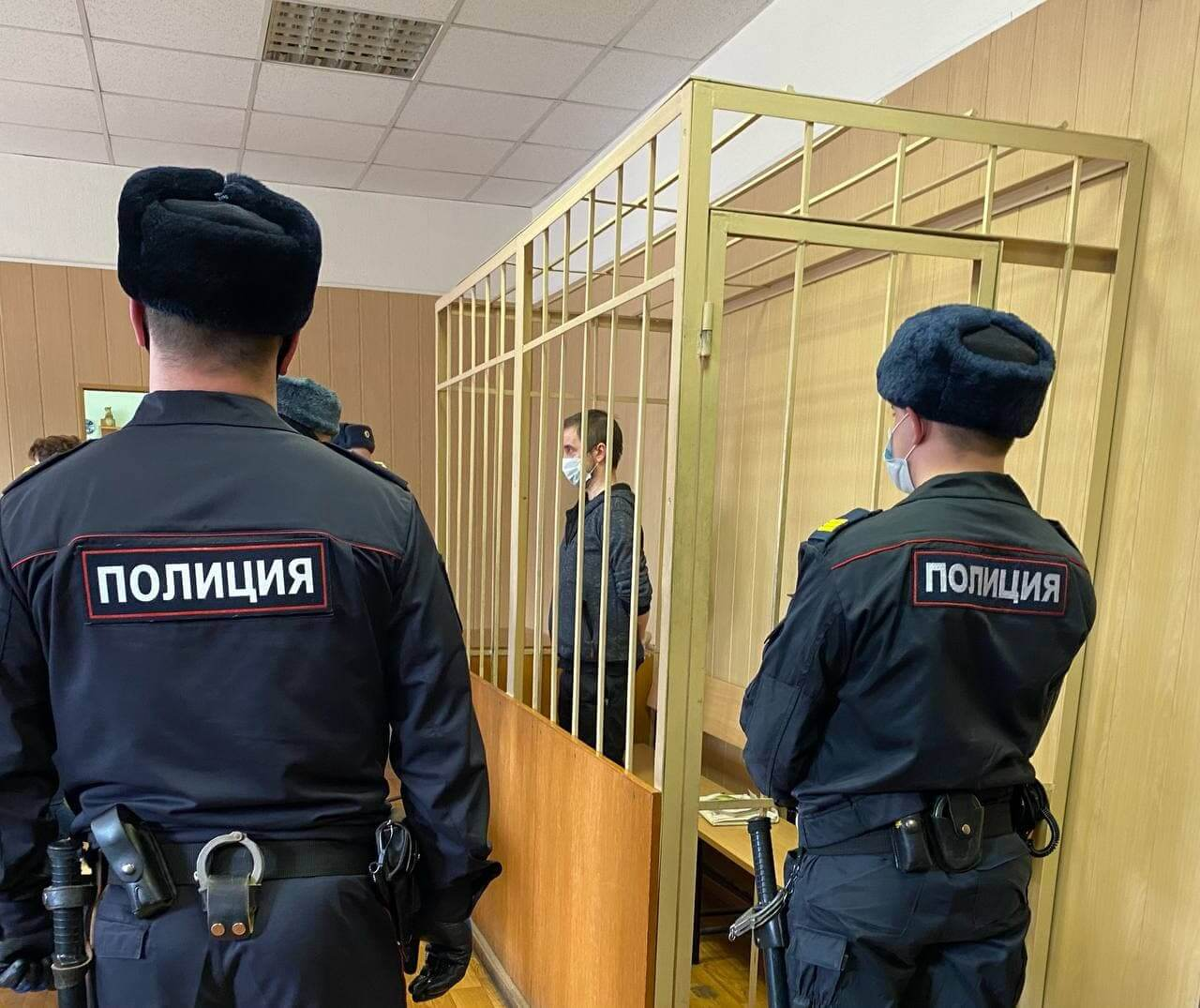 Суд над Андреем Ломовым
