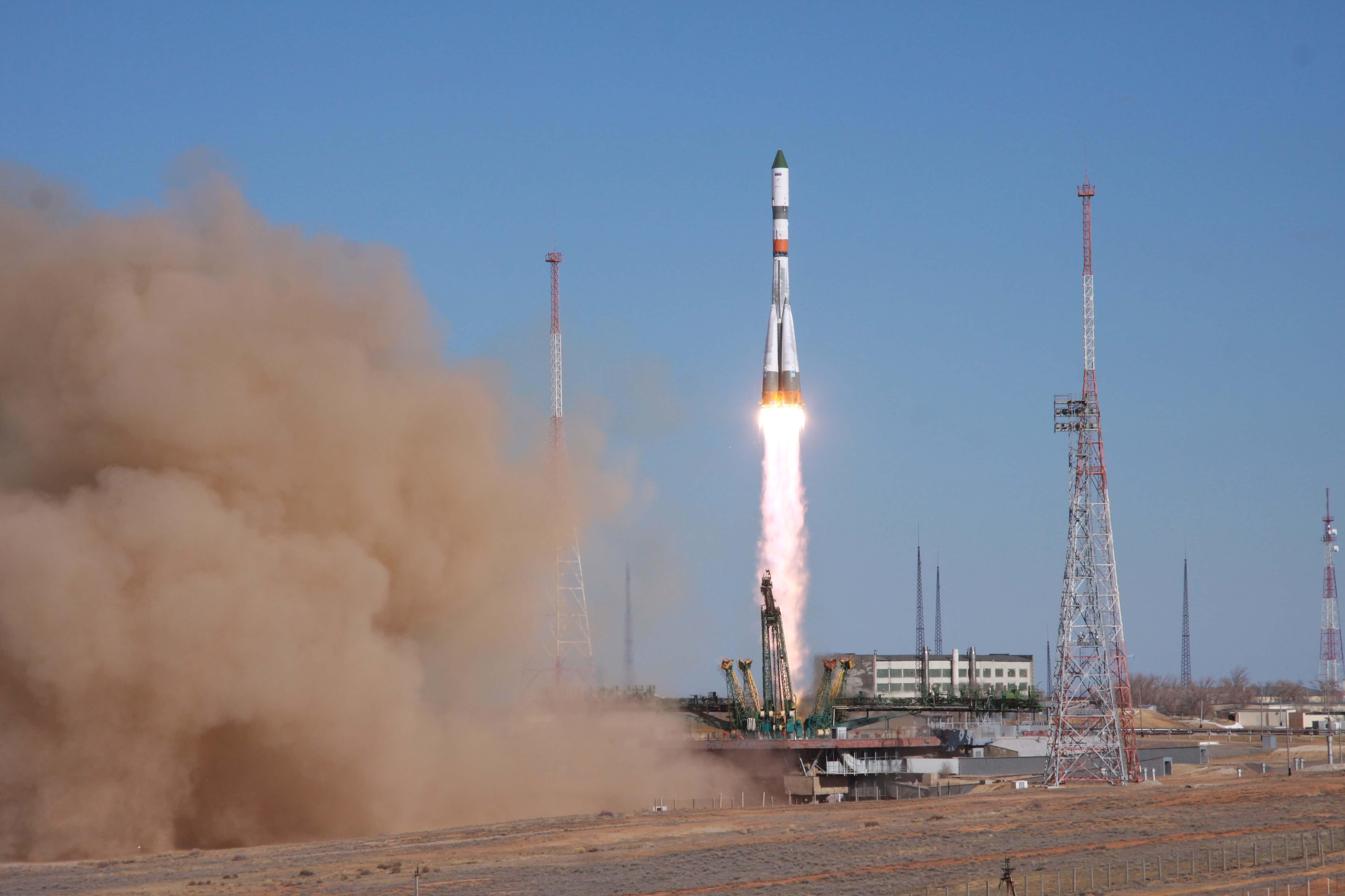 Американская компания SpaceX успешно запустила ракету-носитель Falcon-9