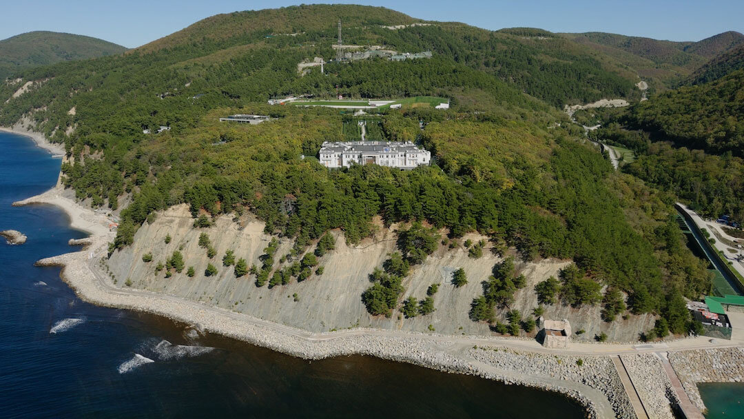 «Дворец Путина», вид с моря