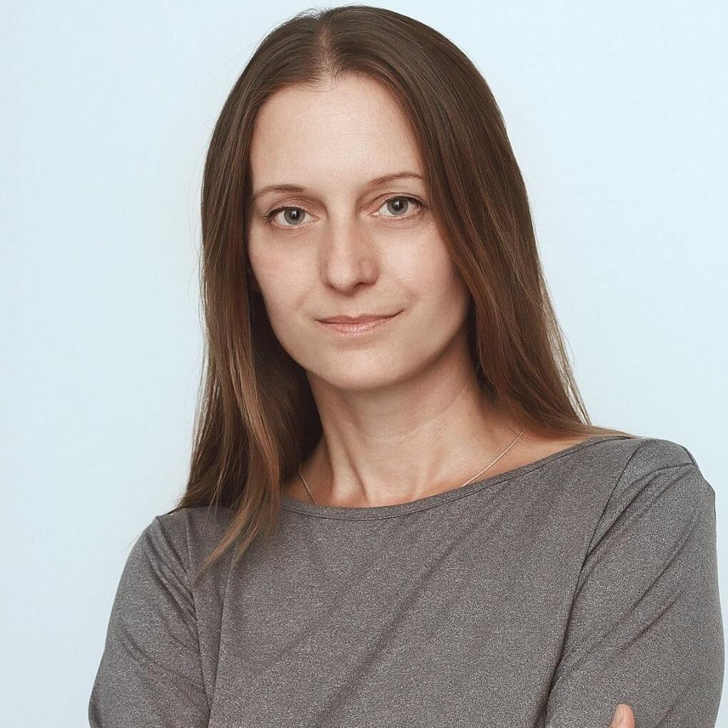 Журналистка из Пскова перечислила собранные гражданами почти 2 млн рублей правозащитникам
