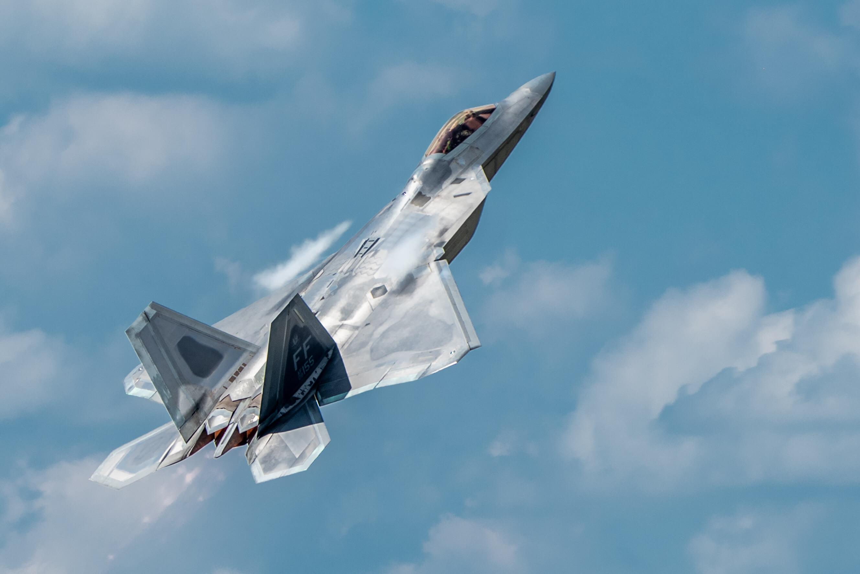 Авиация США получит 400 новейших ракет-стелс