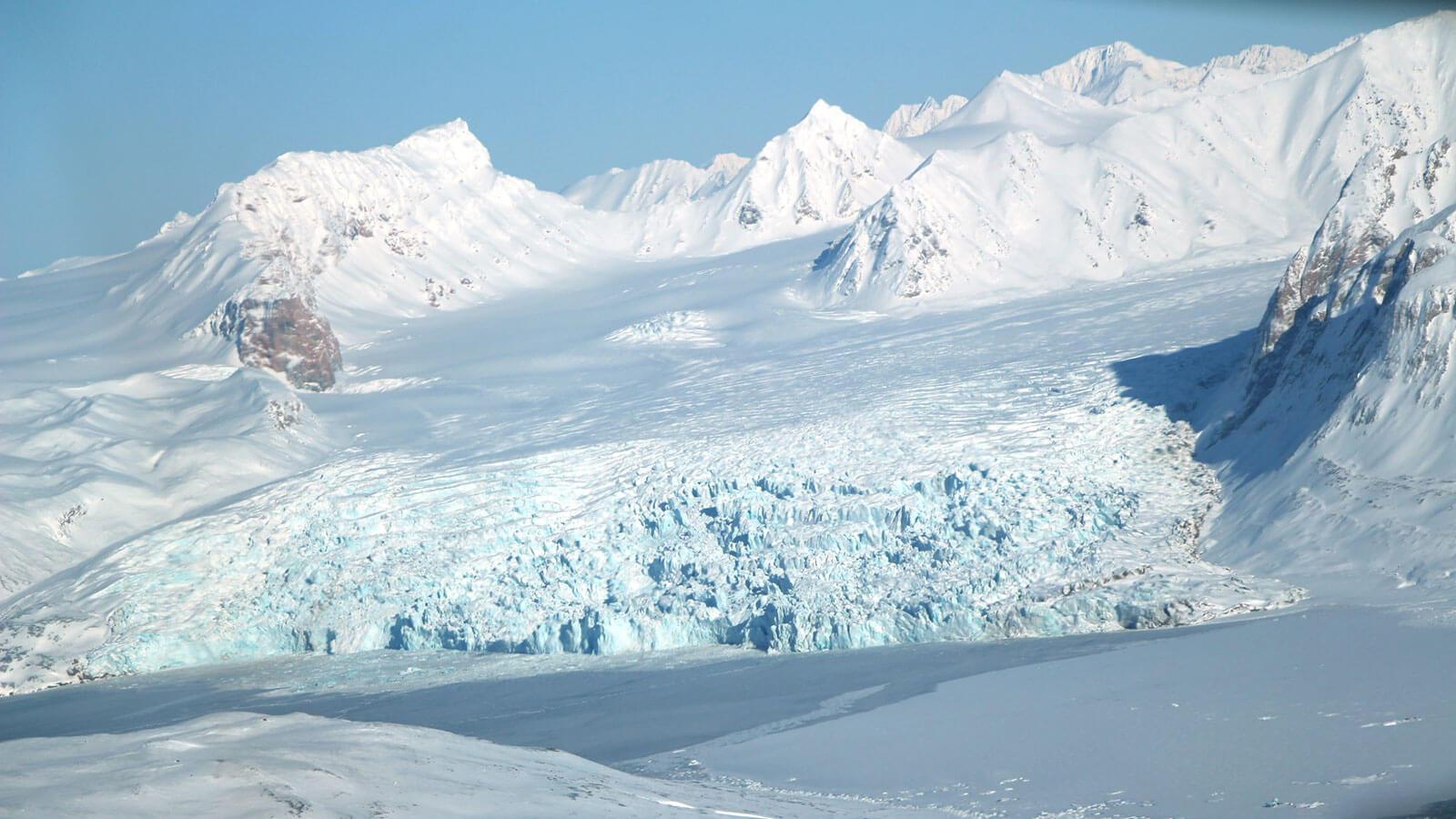 Гигантский айсберг размером с Петербург откололся от Антарктиды