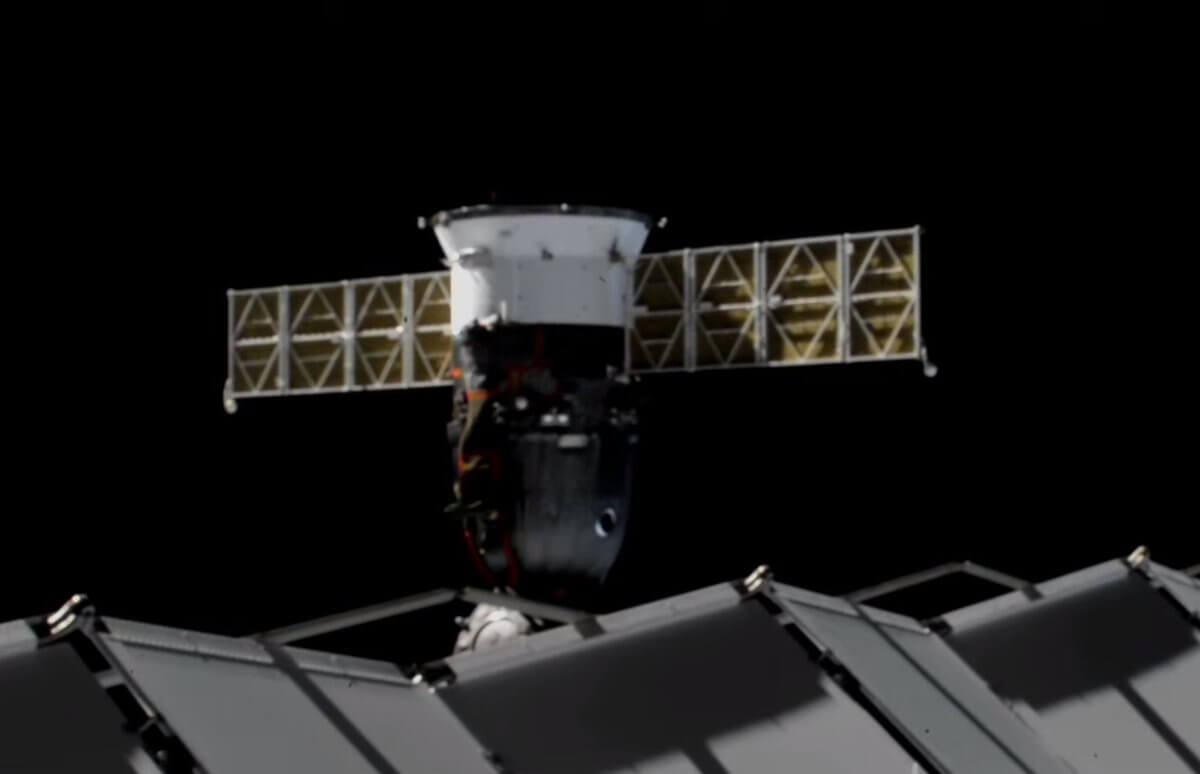 Экипаж миссии МКС приступил к финальном предстартовым приготовлениям