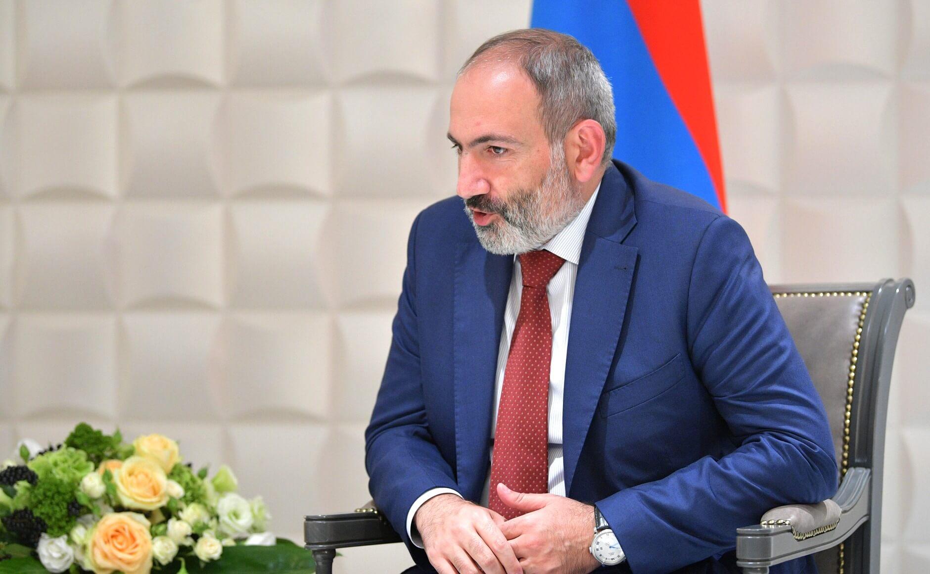 Никол Пашинян позвал своих сторонников выйти на улицы Еревана