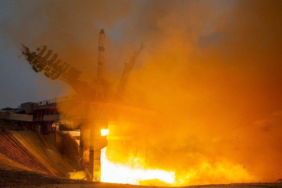 В России запустили первый отечественный спутник для контроля климата в Арктике