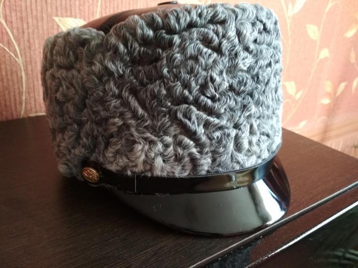 Каракулевая шапка для полковников