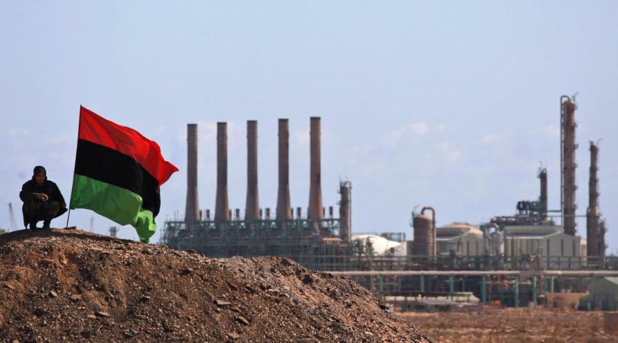 Близорукий Вашингтон видит за сложными процессами в Ливии один лишь «русский след» thumbnail