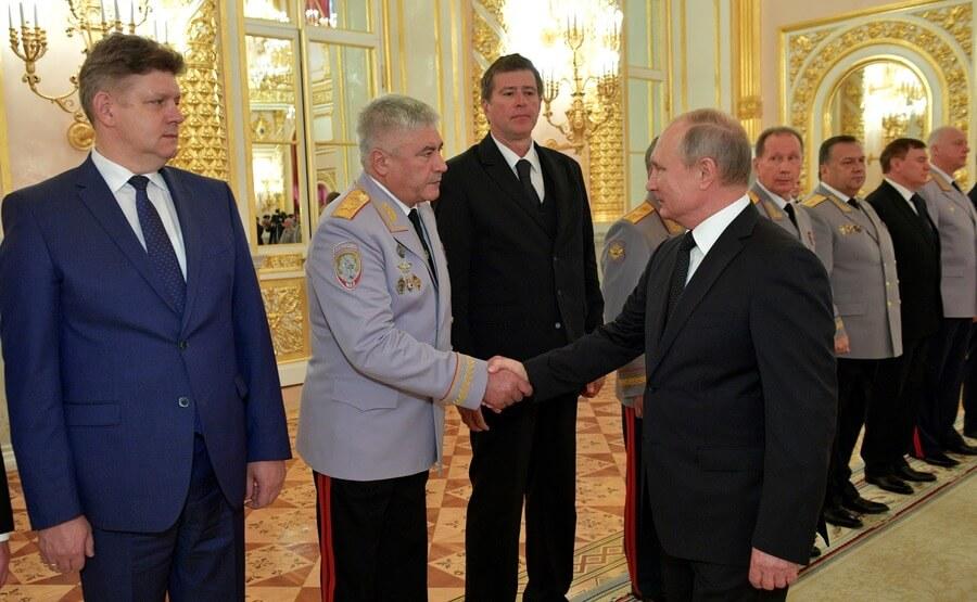 Владимир Колокольцев и Владимир Путин