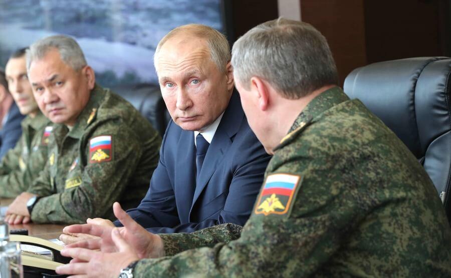 Владимир Путин на учениях